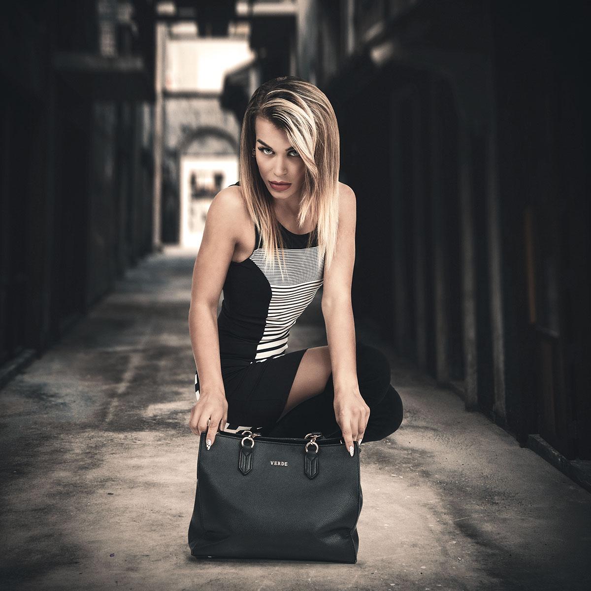 Advertising of a handbag